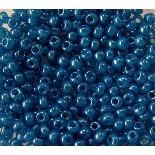 17136 Бисер непрозрачный глянец синий