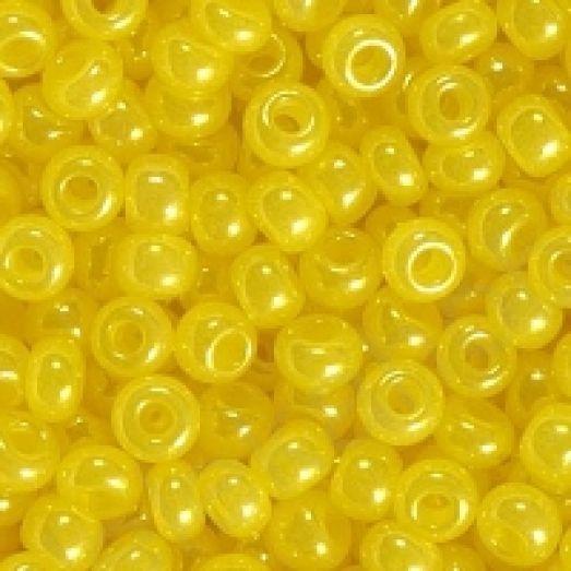 17186 Лимонный жемчужный, непрозрачный. Бисер Preciosa