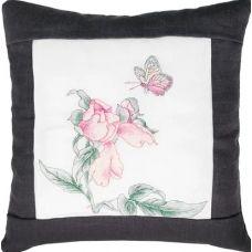 PB105 Бабочка и цветок (чёрный). Набор для вышивки подушки нитками. Luca-s