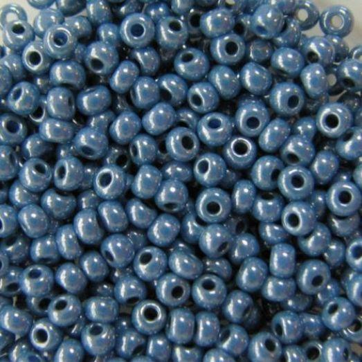33025 Бисер Preciosa натуральный голубой непрозрачный