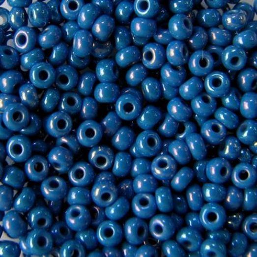 34210 Бисер Preciosa синий с радужным переливом непрозрачный