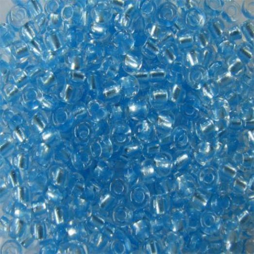 38236 Бисер Preciosa кристально-прозрачный со светло-голубым жемчужным прокрасом