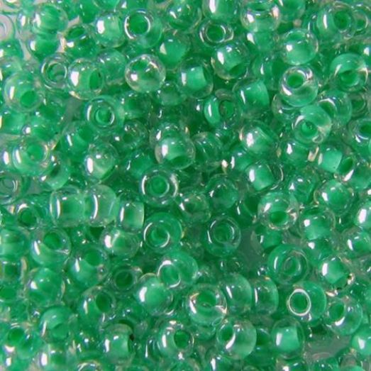 38656 Бисер Preciosa стеклянный со светло-зелёным прокрасом глазурь терра