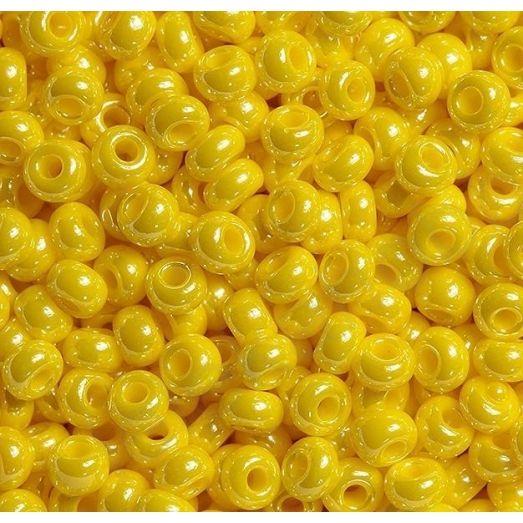 88130 / №546 Бисер желтый, перламутровый.