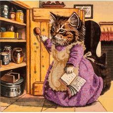 FLF-049 Кошка с ложкой. Набор на холсте для вышивки бисером Волшебная Страна
