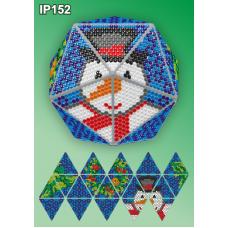 IP-152 Новогодний шар Снеговик. Набор для выкладки пластиковыми алмазиками ТМ Вдохновение